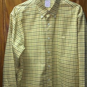 Brooks Brothers Men's Button Down Collar Shirt